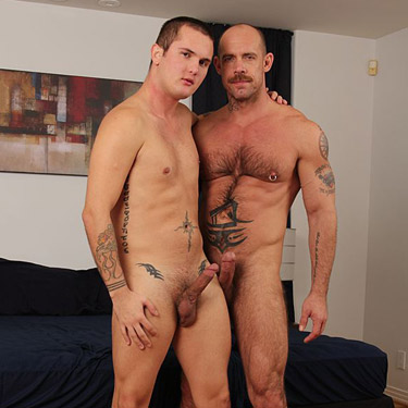 Jake Deckard tops Brody Wilde - Jake Cruise photo gallery