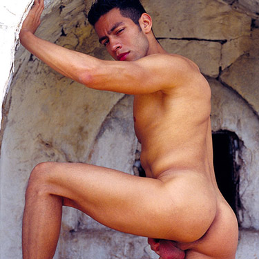 Ricky Martinez - Lucas Kazan photo gallery