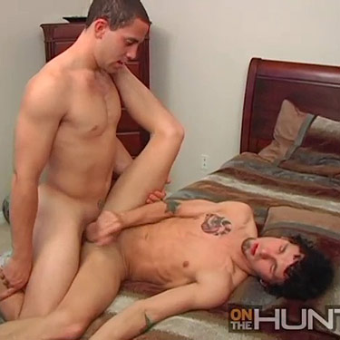 Sean Ash fucks James Hamilton - On The Hunt photo gallery