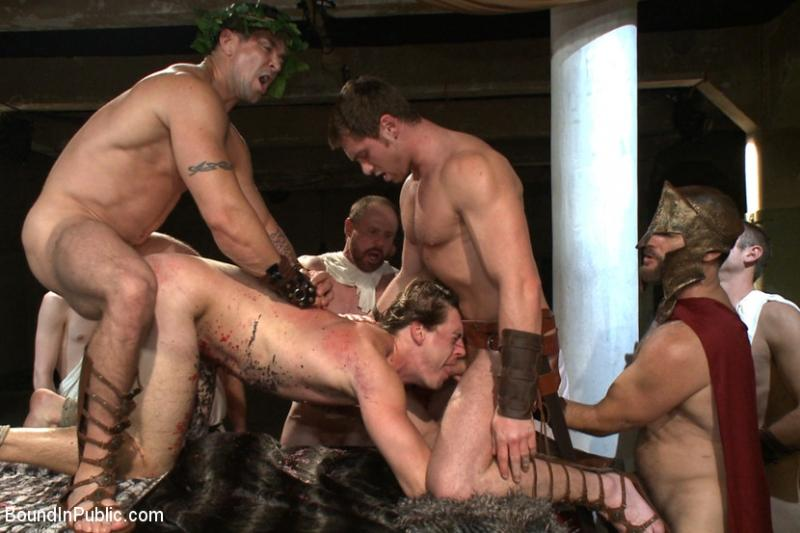 seks-porno-gladiatori-ogromnie-chleni-foto-porno
