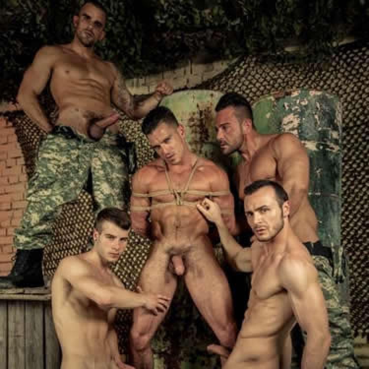 Порно плену парни — 1