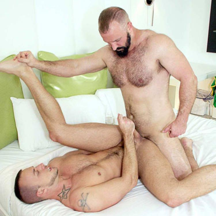 Troy Webb and Jessie Colter - Alpha Males  photo gallery