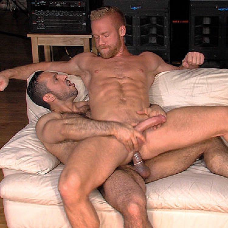 gay porno Adam Champ grande cazzo Shemale su shemale