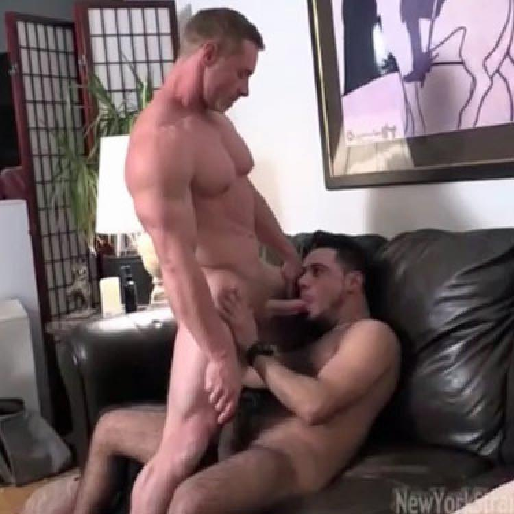 Ginger Bodybuilder - New York Straight Men photo gallery