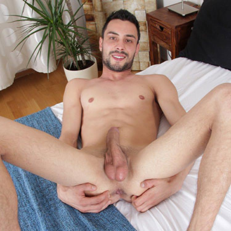 Lukas Novy - Tyler's Room photo gallery