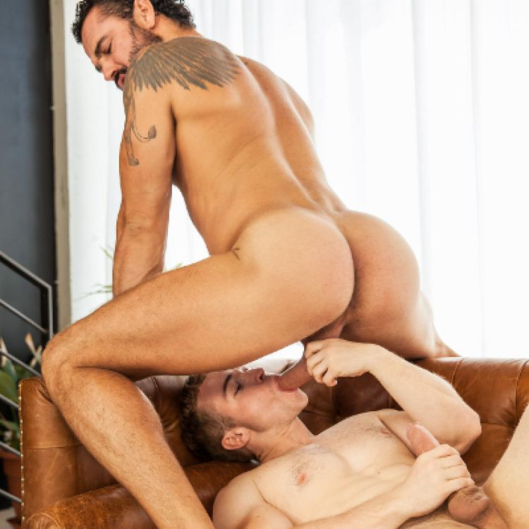 Jessy Ares tops Gabriel Cross - Men.com photo gallery