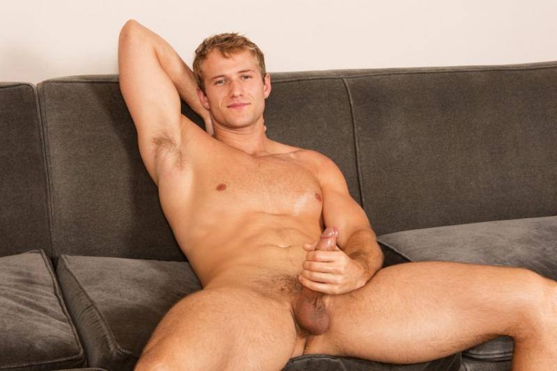 Shaw fucks Blake - Raw - Sean Cody | BananaGuide: www.bananaguide.com/article/96675