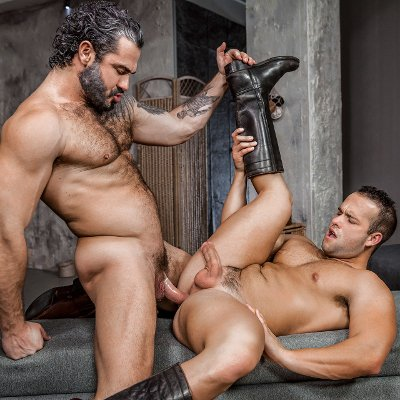 Jessy Ares hammers Luke Adams - Men.com photo gallery