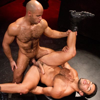 Sean Zevran drills Dorian Ferro - Raging Stallion photo gallery