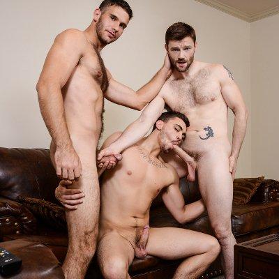 фото два гея