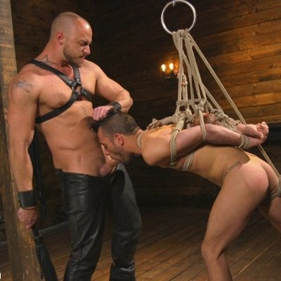 Jessie Colter abuses Chance Summerlin - Kink Men photo gallery