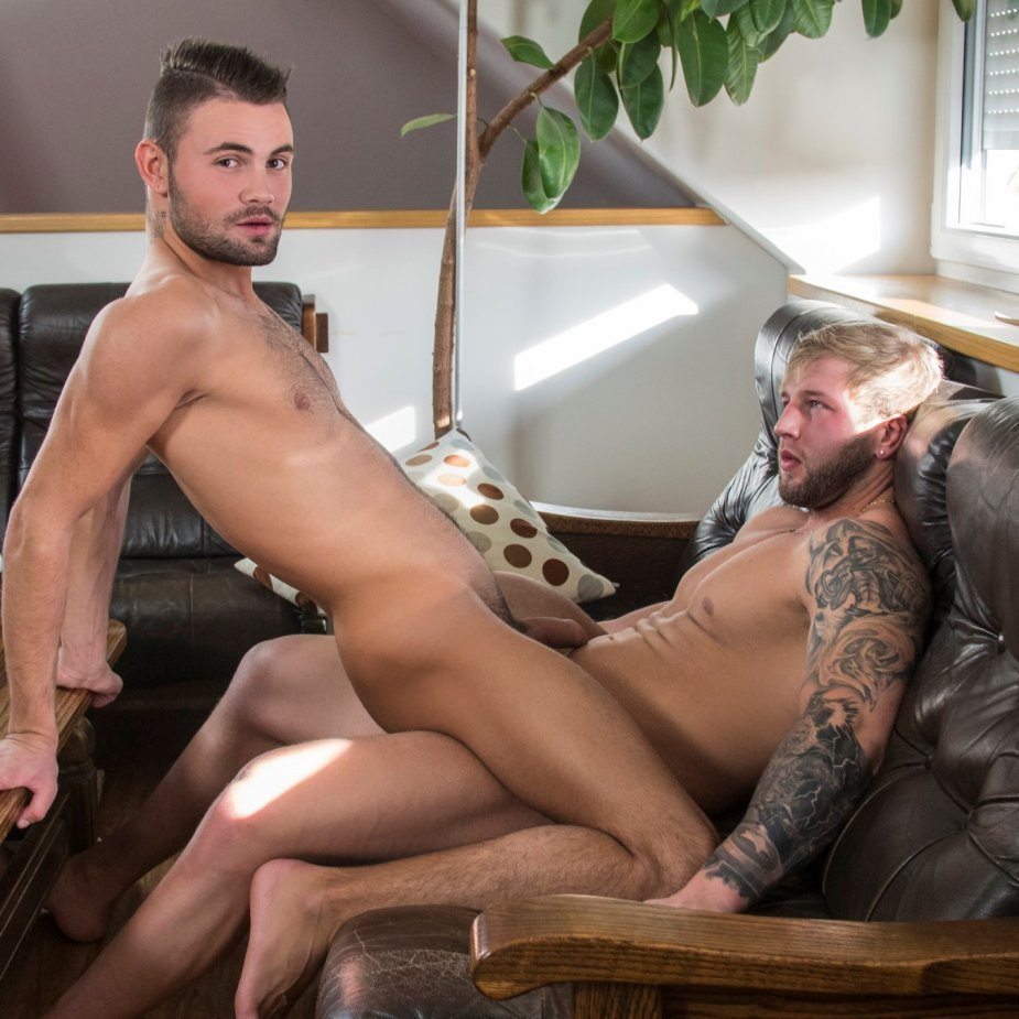 Brick Moorewood tops Jeffery Lloyd - Raw - Randy Blue photo gallery