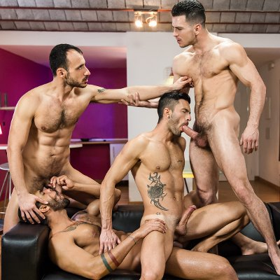 4-man fuckfest - Men.com photo gallery