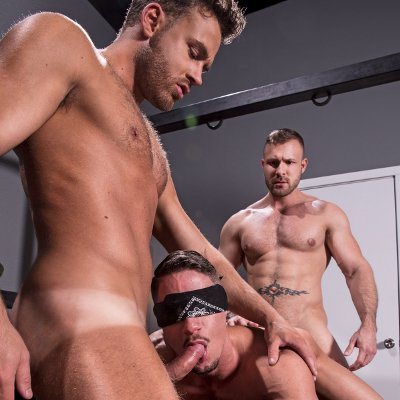Austin Wolf and Logan Moore dominate Skyy Knox - Hot House photo gallery