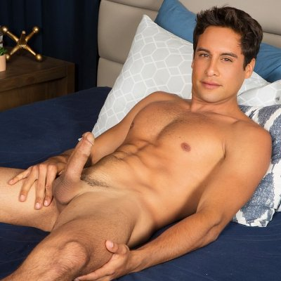 Titus jerks off - Sean Cody photo gallery