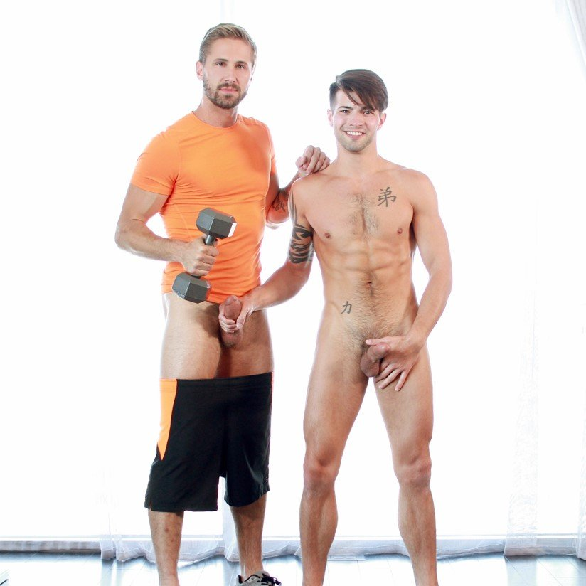 Wesley Woods fucks Casey Everett - Gay Room photo gallery