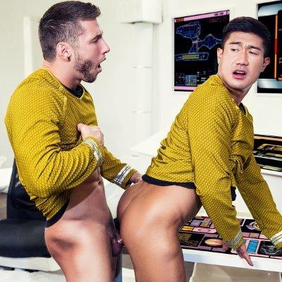 Henier lo gay porn