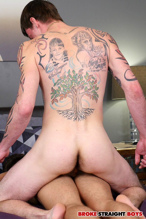 Straight boys johnny forza and cage kafig barebacking damien kyle best rated gay porn