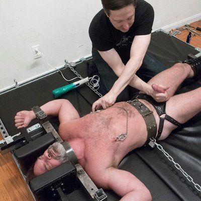 Mr Kristofer and SFdom - Serious Male Bondage photo gallery
