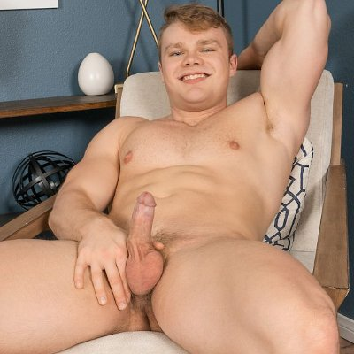 Regan jacks off - Sean Cody photo gallery