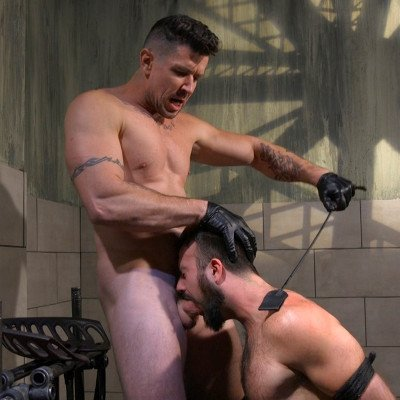 Trenton Ducati uses Mason Lear - Kink Men photo gallery