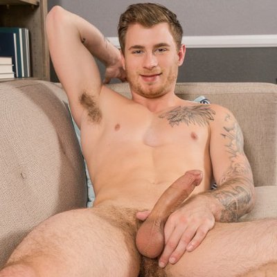 Knox whacks off - Sean Cody photo gallery