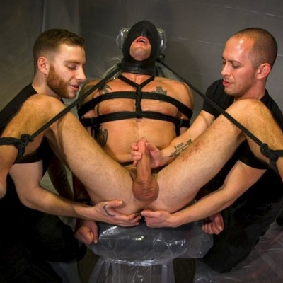 Sean Maygers gets an extreme edging - Kink Men photo gallery