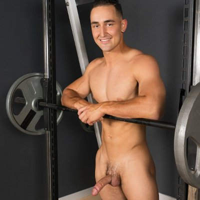 Romeo whacks off - Sean Cody photo gallery