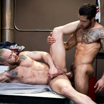 Ryan Cruz pounds Carlos Lindo - Raging Stallion photo gallery