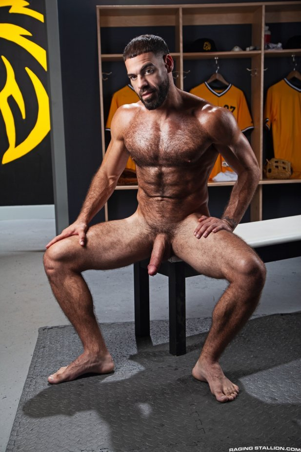 Ricky, Sharok And Wade - Raw - Raging Stallion  Bananaguide-7438