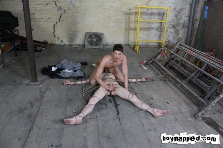 zhest-porno-s-prostitutkami