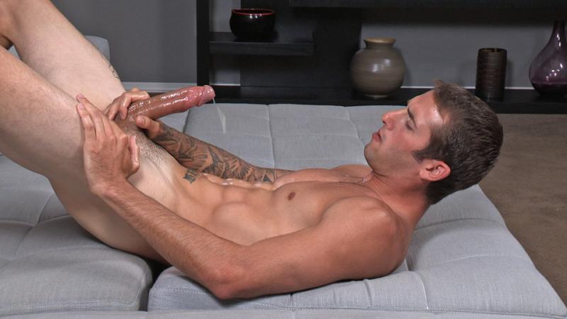 Hot bodied straight guy jeremy masturbating