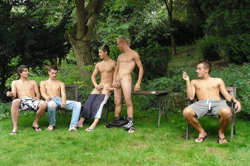 branleur de bite gay en erection